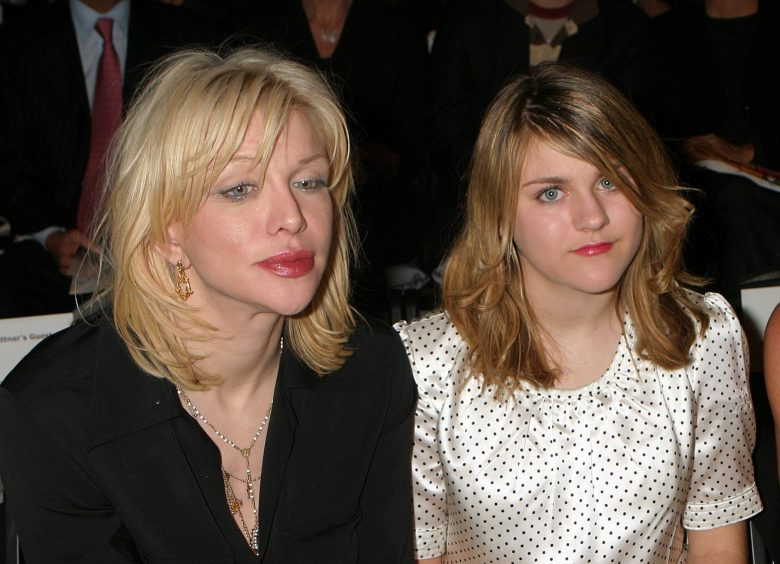 Kindheit In Drogenhölle Kurt Cobains Tochter Packt Aus Starzoom